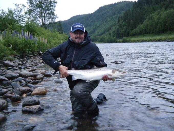 Heinzi Jörling with his fish from BS1.