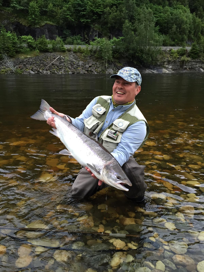 Timo Järvinen with his fish from our Lodge Pool.