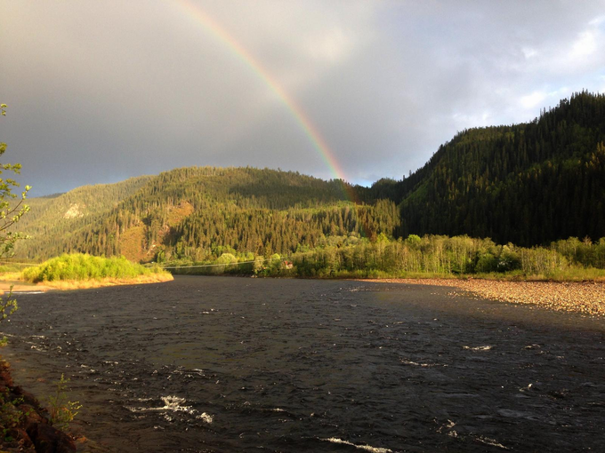 Early season rainbow over Tilseth/Renna Pool
